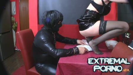 Domina-Victoria - Eat my shit (Amarotic)