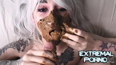 DirtyBetty - Scat Swallow Extreme Big Shit By Black Eyes Demon Betty (SG-Video)